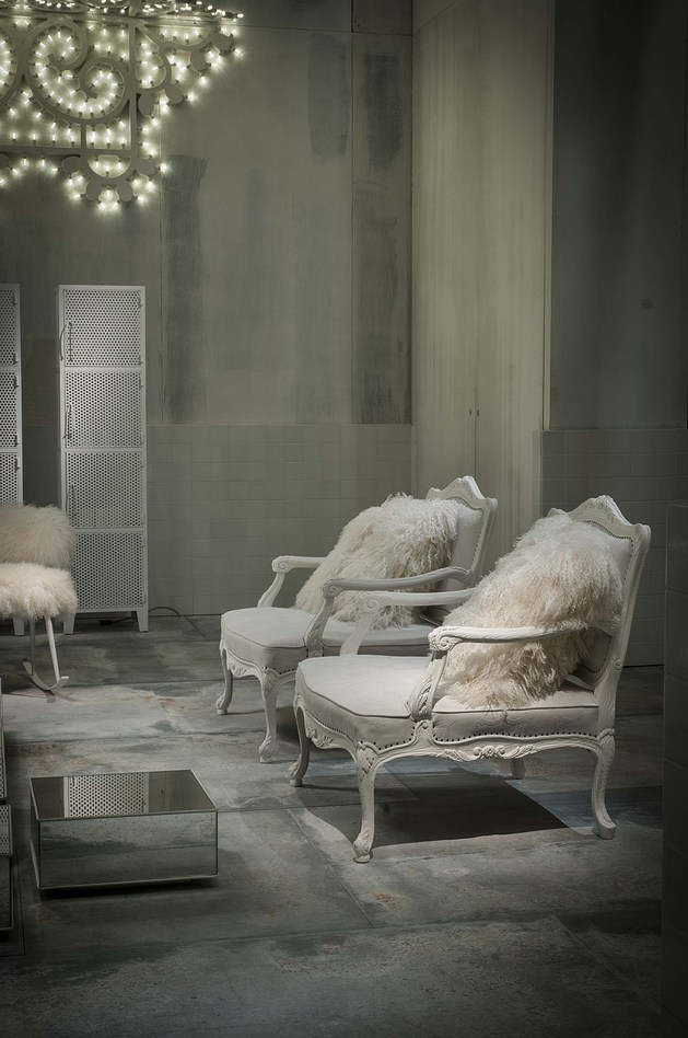 paola-navone-designs-white-fairy-tale-interiors-latest-furniture-baxter-7.jpg