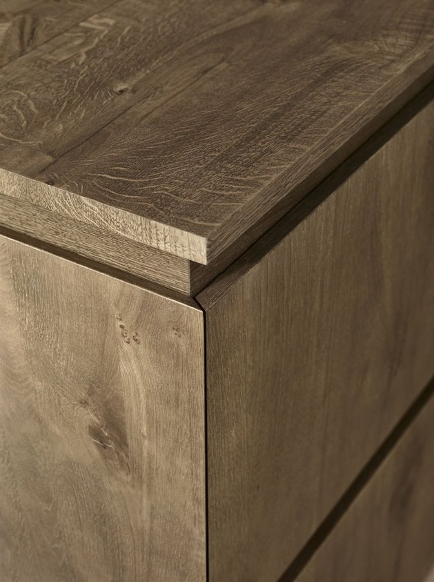 Cloe: Mimialist Knotted Oak Kitchen from Cesar
