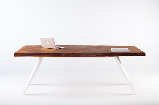 contemporary table built from ancient kauri wood 1a thumb 630xauto 38025 Contemporary Table from 50,000 Year Old Kauri Wood