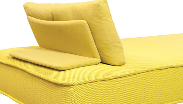 sleek-modern-indoor-outdoor-escapade-sofa-roche-bobois-6.jpg