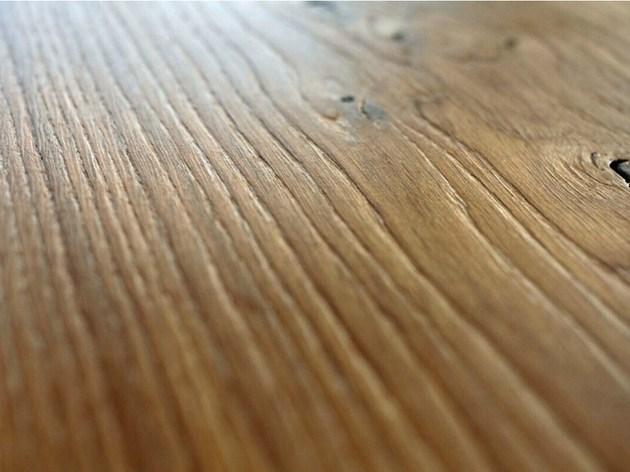 stunning-table-350-year-oak-braun-and-braun-3.jpg