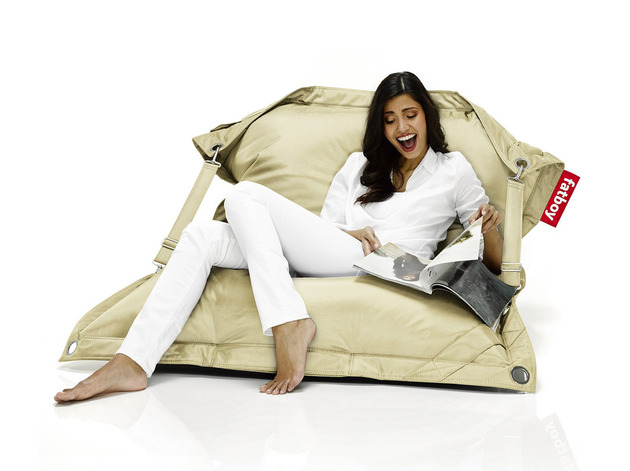 fat-boy-buggle-up-the-ultimate-beanbag-chair-4.jpg