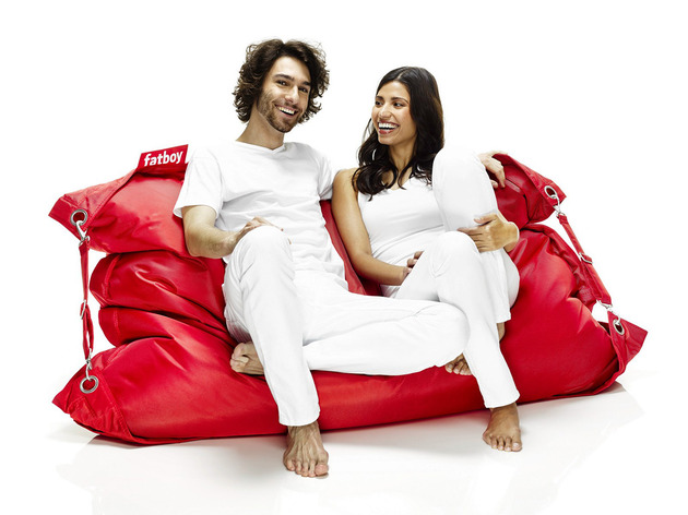 fat-boy-buggle-up-the-ultimate-beanbag-chair-5.jpg
