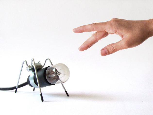 bug light desktop collection insect lamps 2 thumb 630xauto 41666 Bug Light is a Tabletop Collection of Insect Lamps