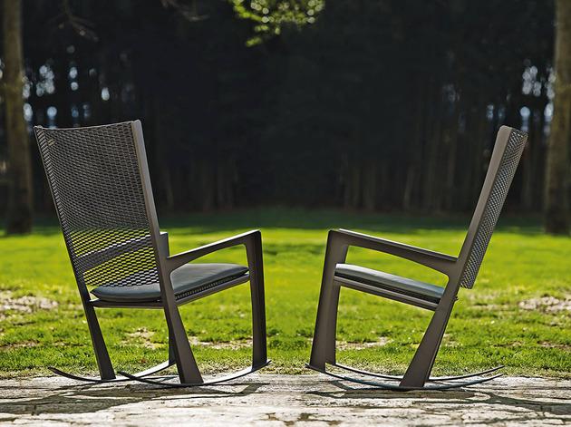 classic rocking chair cornelia by giorgio cattelan 1 thumb 630xauto 43422 Classic Rocking Chair: Cornelia by Giorgio Cattelan