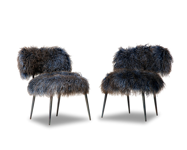 faux-fur-furniture-from-baxter-by-paola-navone-nepal-6.jpg