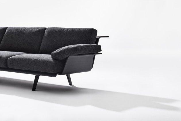 versatile-modular-sofa-system-zinta-from-arper-3.jpg