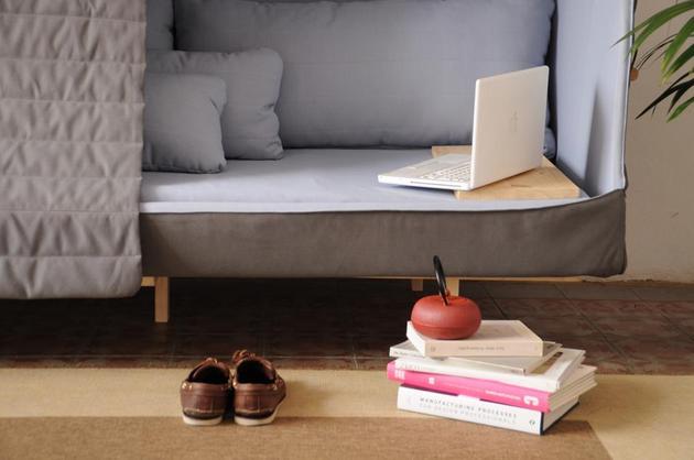 novel-inspired-orwell-sofa-goula-pablo-figuera-domestic-refuge-3.JPG