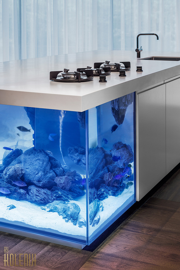 ocean keuken kitchen aquarium kolenik 2 thumb autox945 46343 Sensational Ocean Kitchen and Aquarium by Robert Kolenik