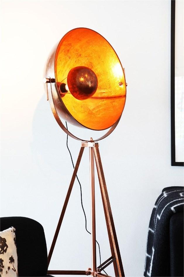 by-rydens -sculpturally-modern-copper-lighting-6.jpg