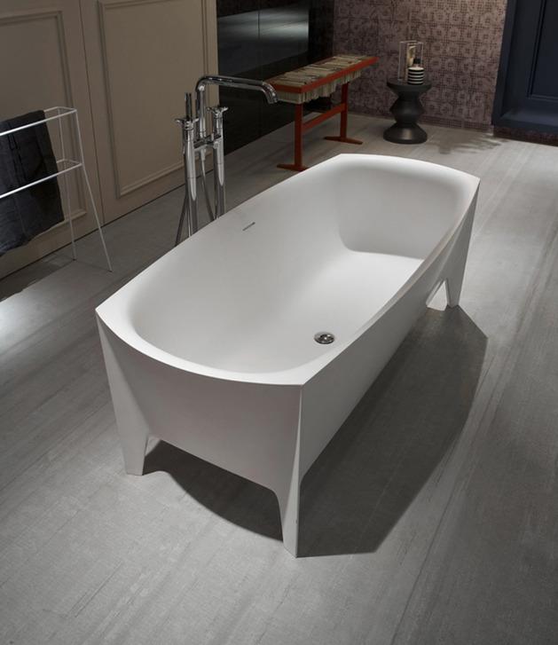freestanding-modern-bathtub-by-mario-ferrarini-5.jpg