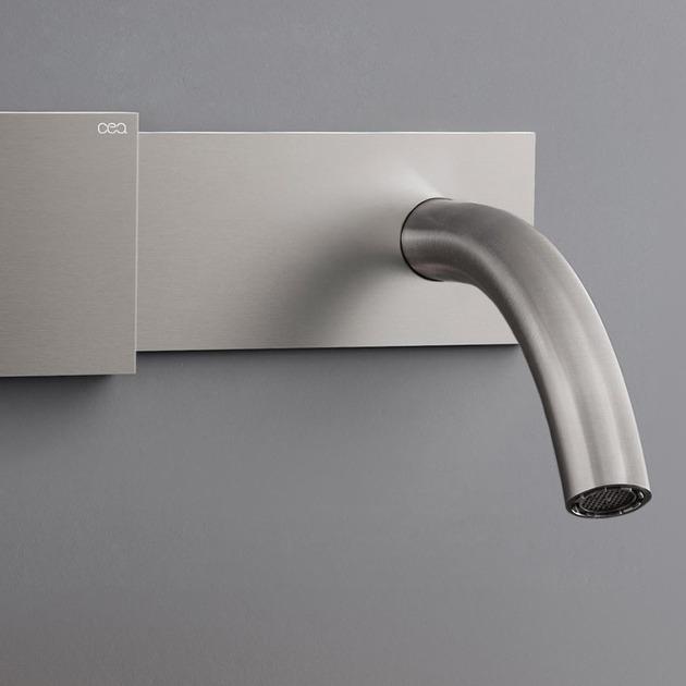 cea-regolo-bathroom-faucet-sliding-temperature-control-3.jpg
