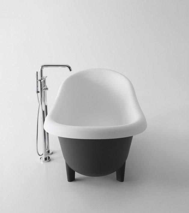 retro-modern-free-standing-tub-by-antonio-lupi-4.jpg