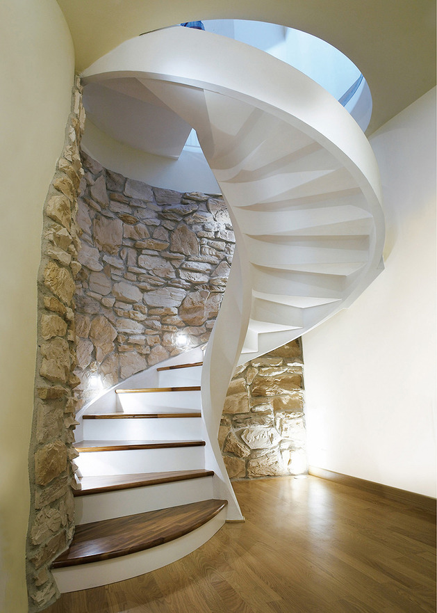 spiral-staircases-in-lightweight-concrete-by-rizzi-4.jpg