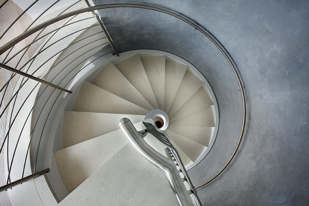 spiral-staircases-in-lightweight-concrete-by-rizzi-7.jpg