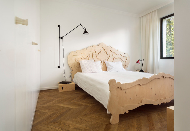 beautiful-plywood-bed.jpg