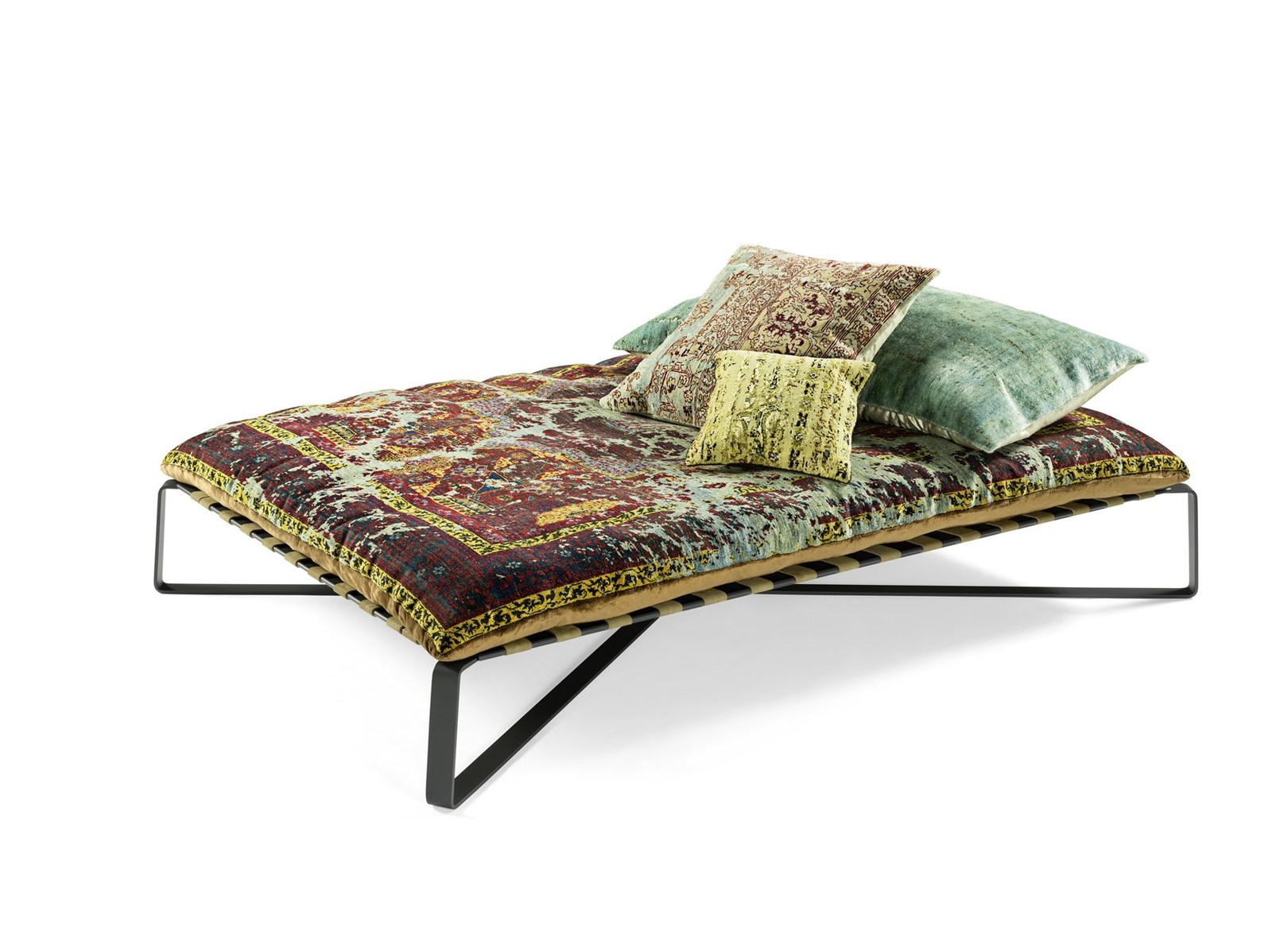 Unique View in gallery divan daybed oriental style daydreamer jan kath thumb xauto Divan Daybed in Oriental Style