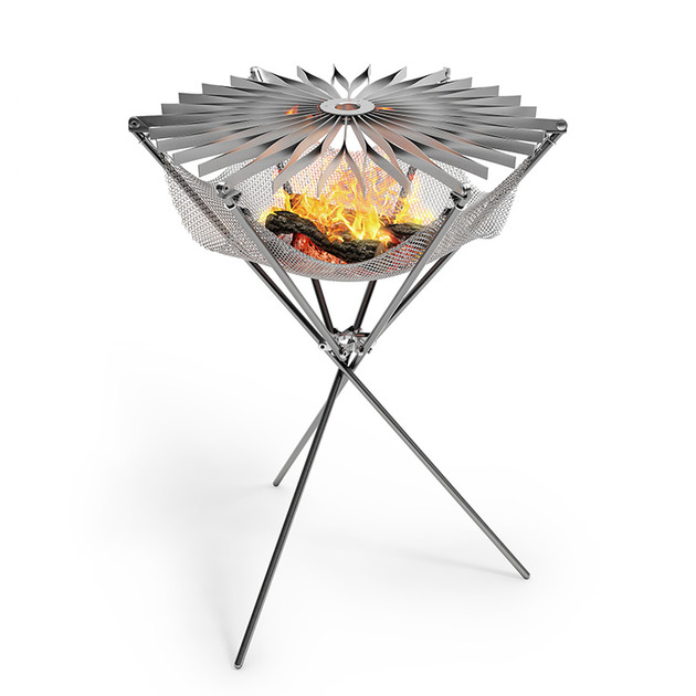 foldable portable barbecue grillo is a lightweight 2 thumb 630xauto 55028 Foldable Portable Barbecue Grillo is a Lightweight Fire Hammock