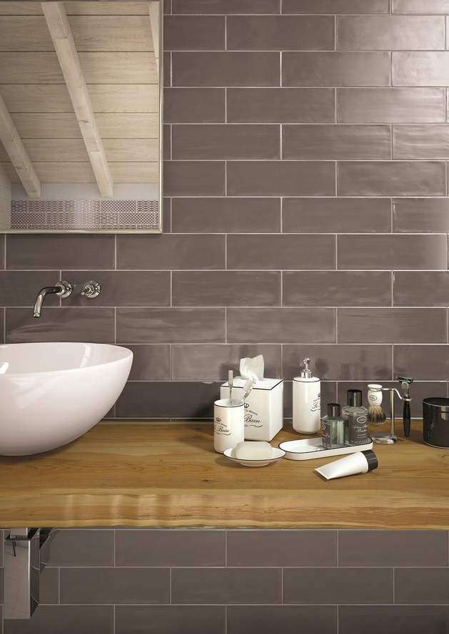 Tiling Walls In Brick Tile Pattern Is Easy With The New