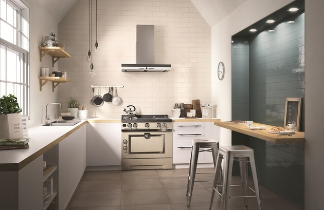 tiling walls in brick pattern ragno 2 kitchen thumb 630xauto 55186 Tiling Walls in Brick Tile Pattern is Easy with the New Glossy Brick by Ragno
