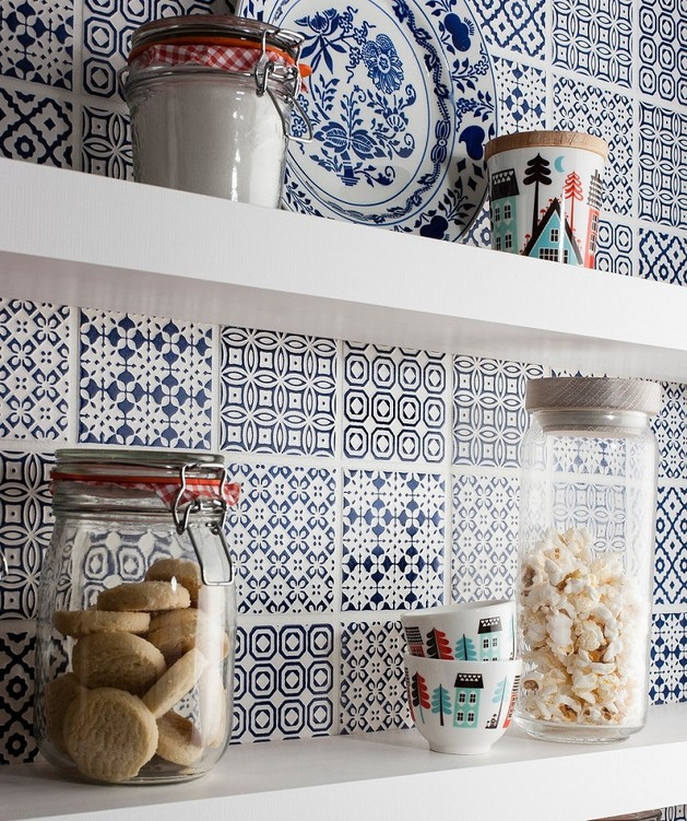 batik-patchwork-tile-kitchen-backsplash-blue.jpg