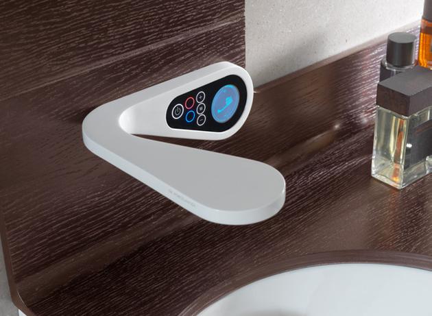 high-tech-wall-mount-bathroom-faucet-noken-mood.jpg
