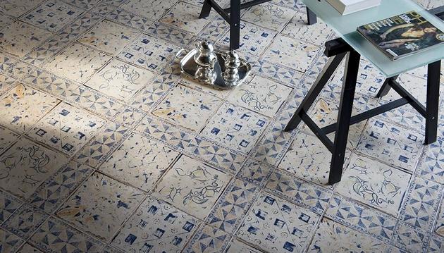 floor-tile-floral-motif-rinascimento-eco-ceramica-1.jpg