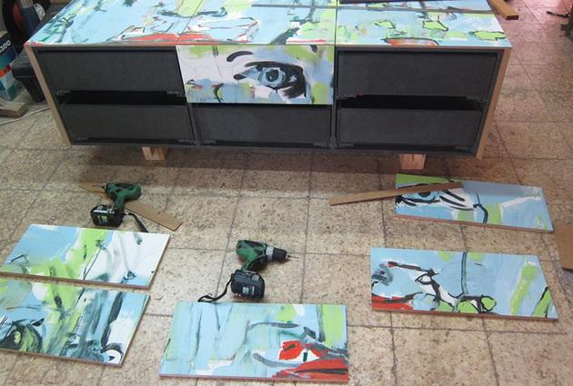 14-graffiti-panels-street-art-project-furniture.jpg