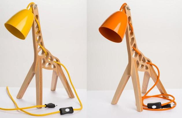 4-giraffes-whimsical-table-lamp-leanter.jpg