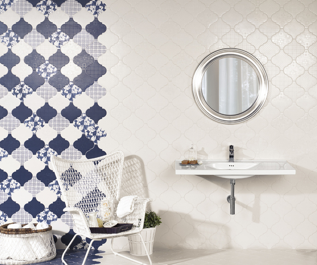 arabesque tile patchwork wall blue 1 thumb 630xauto 56687 21 Arabesque Tile Ideas for Floor, Wall and Backsplash