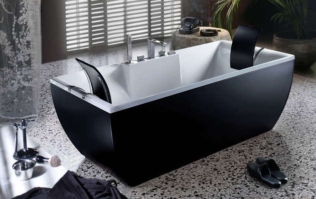 blue-blue-black-bathtub.jpg