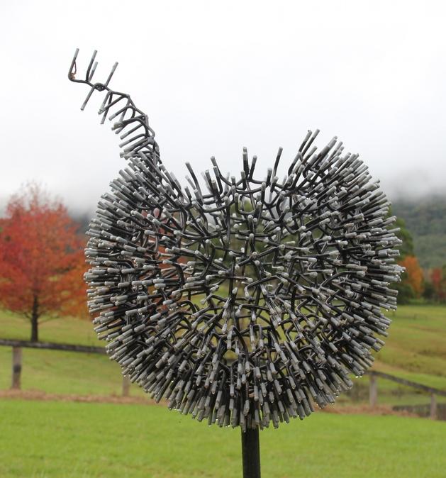 dandelion-decor-sculpture-in-the-vally.jpg