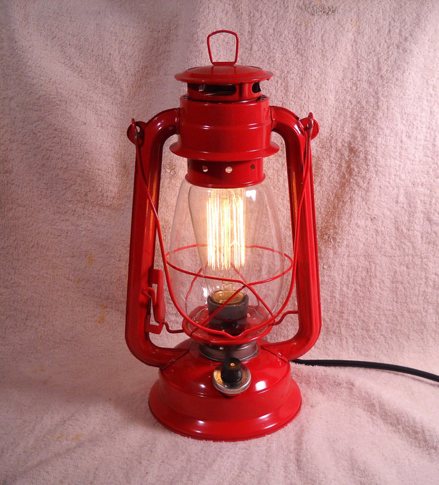 edison-bulb-light-lantern.jpg