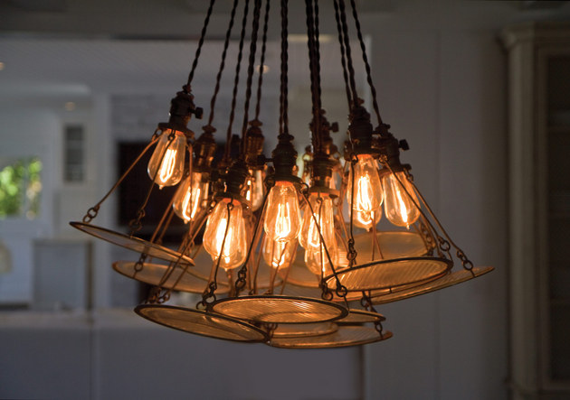 edison-hanging-lamp-chandelier-chango-co3.jpg