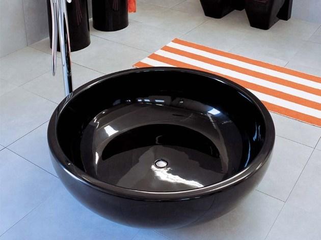 fonte-fantina-black-bathtub-ceramica.jpg