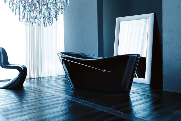 guptores-black-tub.jpg