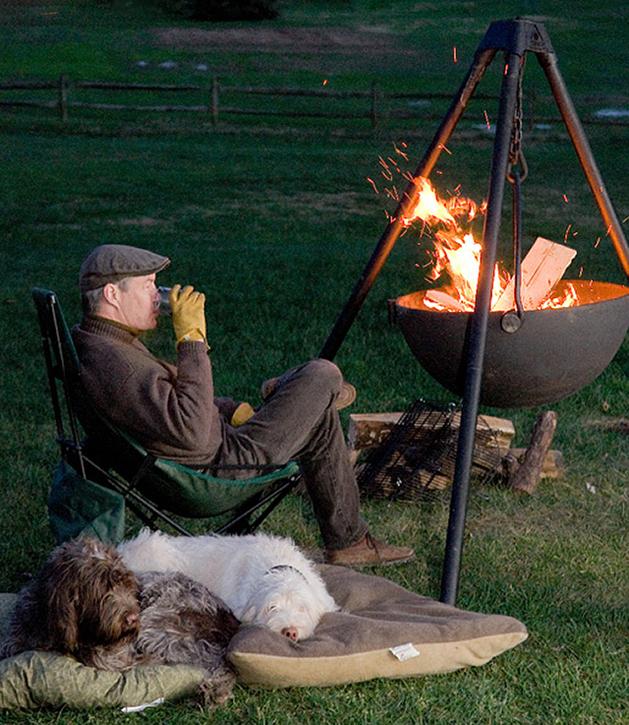 hanging-fire-pit-setup-cowboy-cauldron.jpg