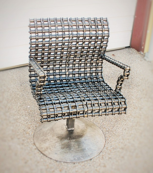 recycled-furniture-salvage-upcycle-metal-chairs.jpg