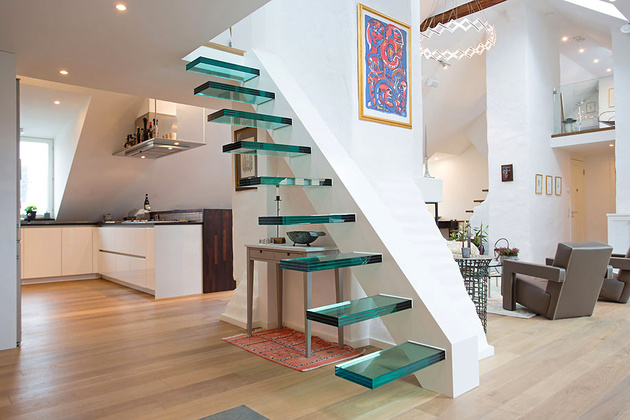 unusual-unique-staircase-modern-home-green-glass.jpg