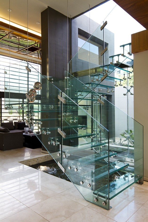 unusual-unique-staircase-modern-home-water-garden.jpg