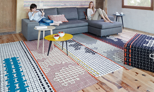 11-artsy-area-rugs-extra-wow-factor.jpg