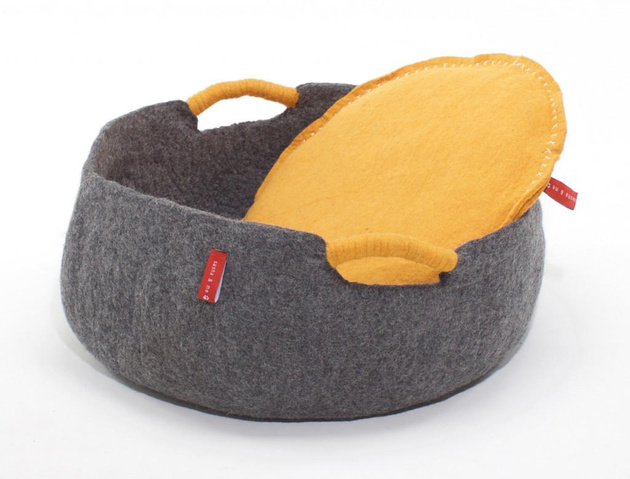 20-dog-beds-you-your-dog-love.jpg
