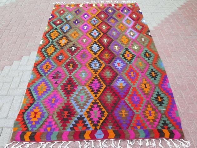 anatolia-turkish-kelim-carpet-70x113-diamond-pattern.JPG