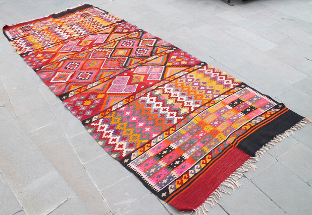 hand-woven-east-anatolian-kilim-rug-60x143.jpg