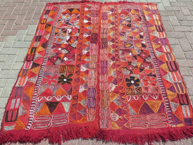 kurdish-suzani-soumak-kilim-rug-59x66-stitched.jpg