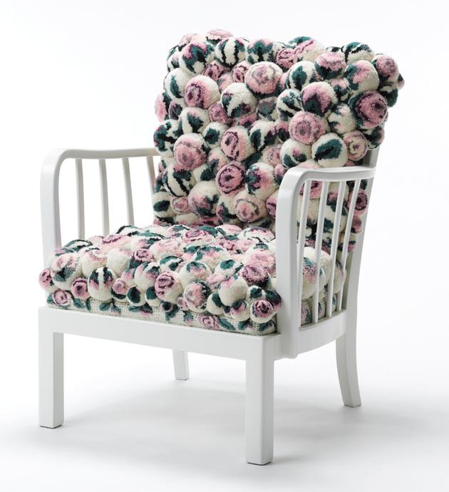 pom-pom-chair-myk.jpg