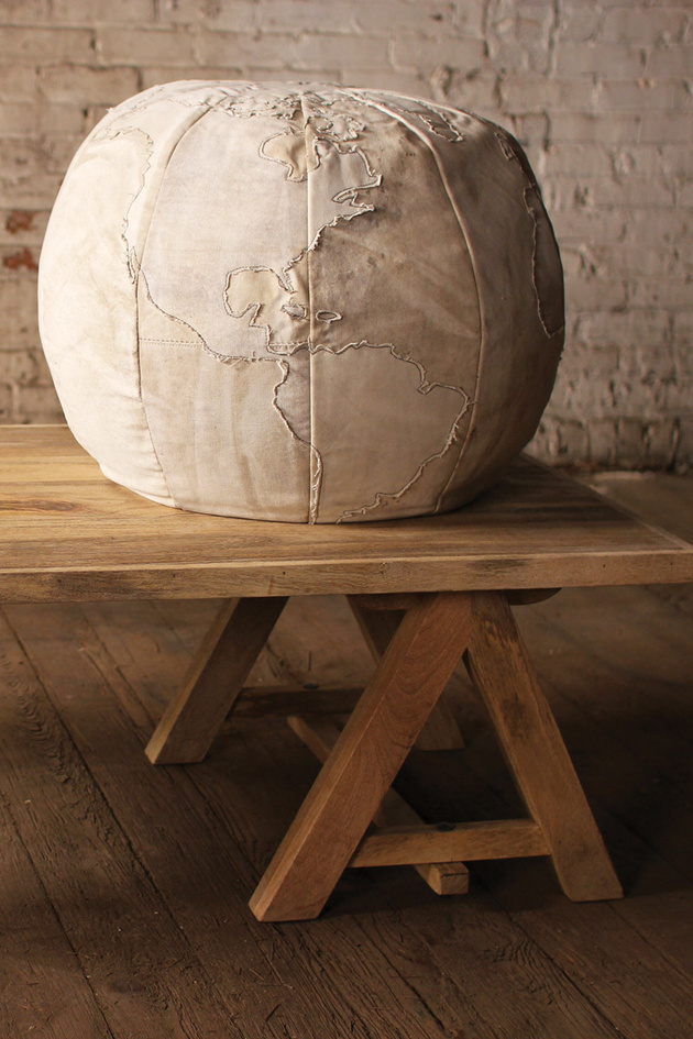 poufs-for-modern-rooms-globe-pouf.jpg