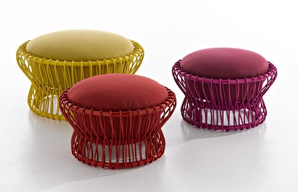 poufs-for-modern-rooms-taiko.jpg