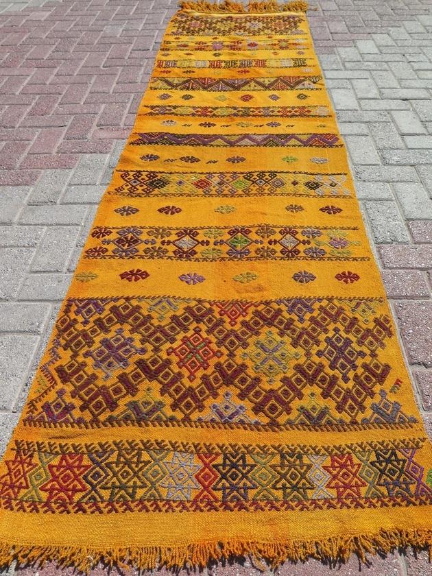 turkish-kilim-runner-rug-29x111.jpg