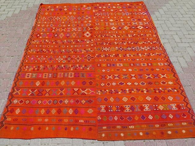turkish-kilim-wool-area-rug-81x103-orange.jpg